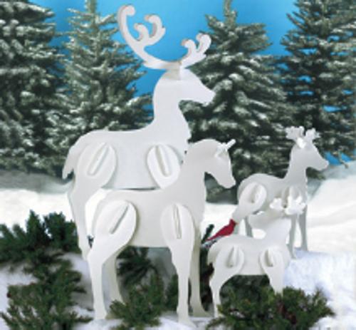 Standing Reindeer Family Wood Pattern