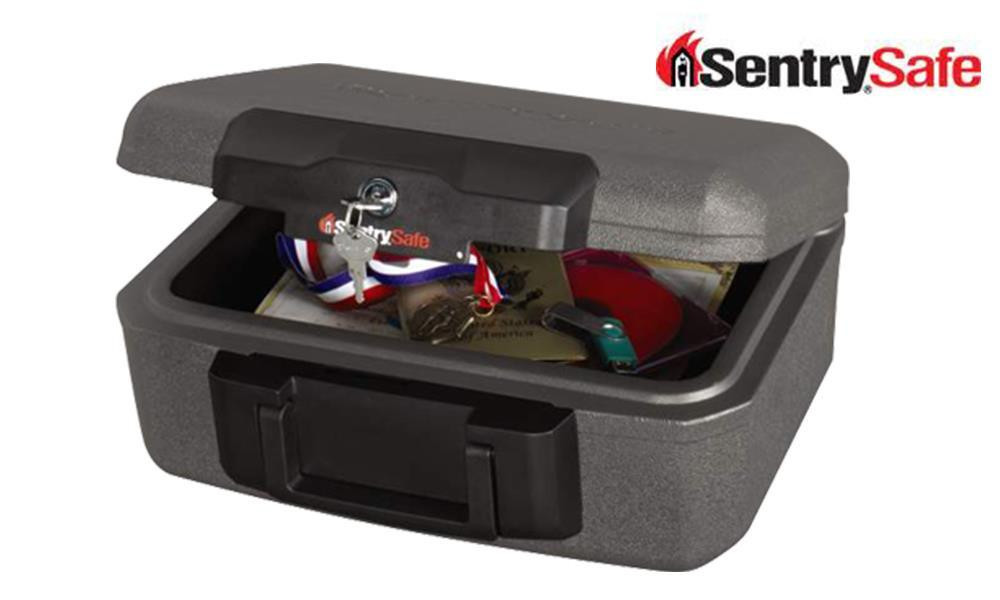 SENTRY SAFE SMALL LOCK CHEST WITH HANDLE