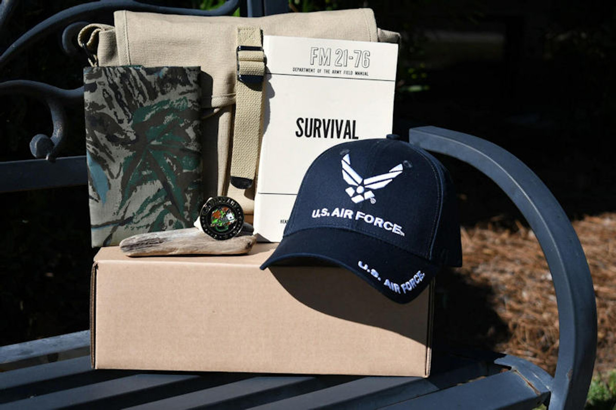 veteran gift box possible items including hat coin bandana