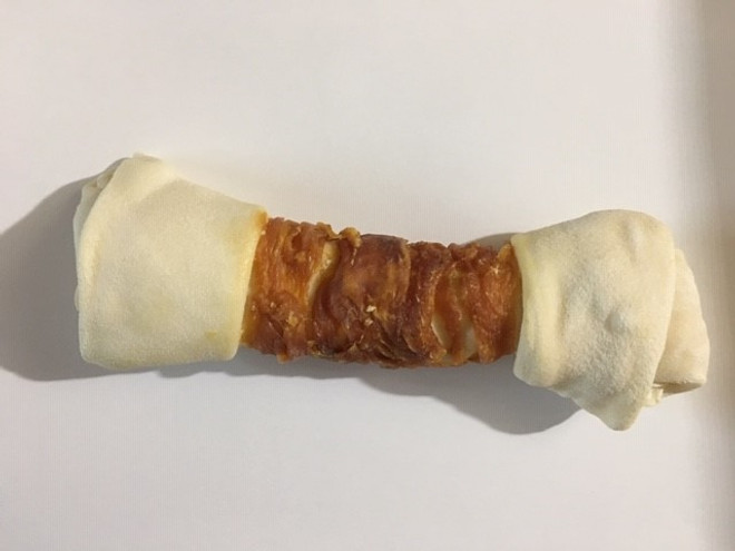 8-9 Inch Chicken & Rawhide Twister Bone Shrink with UPC