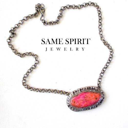 NECKLACE - HAVANA choker (pink canyon coral distressed)