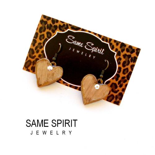 EARRINGS - TINY HEARTS (cream pearl)