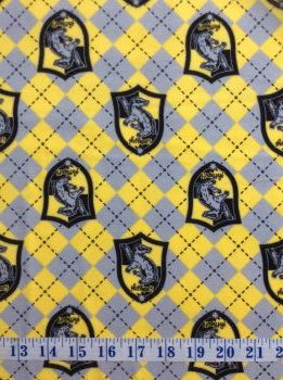 100/% cotton print fabric Yellow Hufflepuff House Harry Potter 934-09