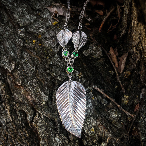 3 Leaf Elven Realms Necklace in Sterling Silver