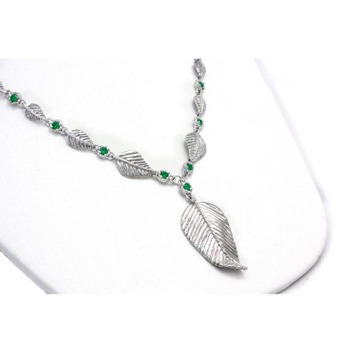 9 Leaf Elven Realms Necklace in Sterling Silver