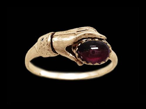 Medieval Ladies Gemstone Ring