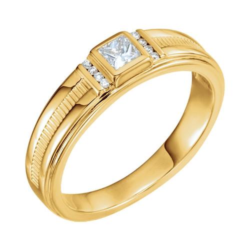 Diamond Men's Ring in 14K Yellow Gold