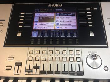 Yamaha Tyros 5-61 Second Hand