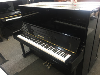 Yamaha Tyros 5-61 with Speakers Second Hand - Keyboard Corner & KC's