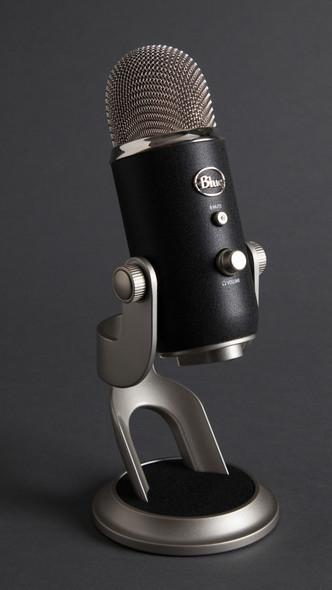 Blue Yeti Pro USB XLR Microphone