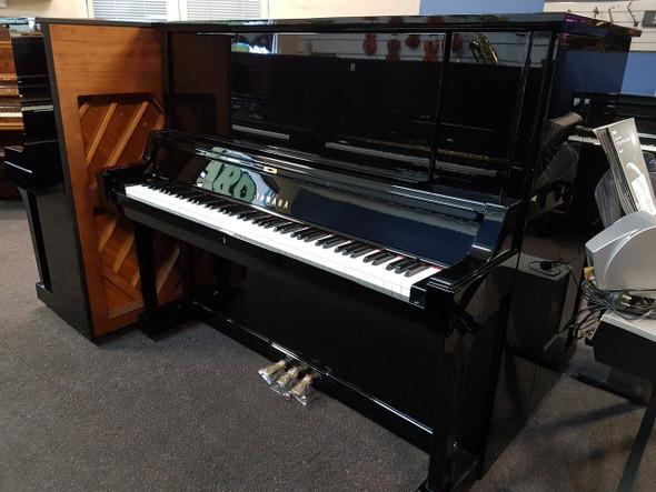 Yamaha YUA 2654439 Second hand piano with bass sustain 1978