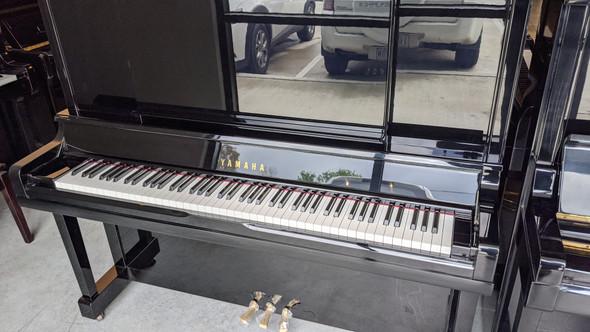 Yamaha UX30BL Upright Second Hand Piano (1988)