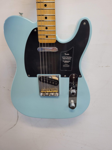 Fender Vintera '50s Telecaster Modified -Maple Fingerboard, Daphne Blue B-Stock