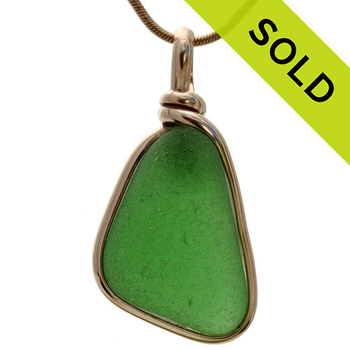 A PERFECT vivid piece of natural Green sea green sea glass in a real simple secure Original Wire Bezel Setting© 14K Goldfilled setting.  SOLD - Sorry This Sea Glass Jewelry Selection Is NO LONGER AVAILABLE!