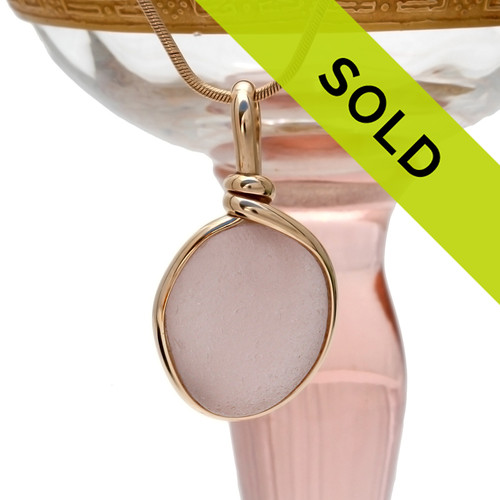Sorry this perfect peach pendant in gold has sold!