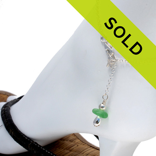 A simple green sea glass anklet for your beach trips this summer. Sorry this sea glass jewelry item has been sold!