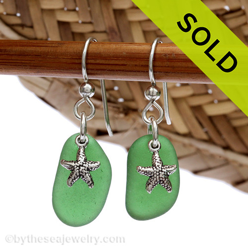 A simple pair of genuine green sea glass earrings with sterling silver starfish charms in a lightweight simple setting. Sorry this Sea Glass Jewelry selection is NO LONGER AVAILABLE!