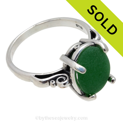 Uncommon Vivid Green Sea Glass Ring In Sterling  - Size 8 (Re-Sizeable)