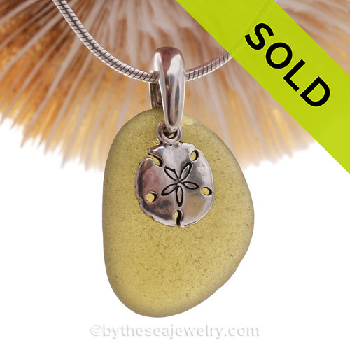 Bright Peridot Green Sea Glass Necklace With Sterling Sandollar Charm - S/S CHAIN INCLUDED