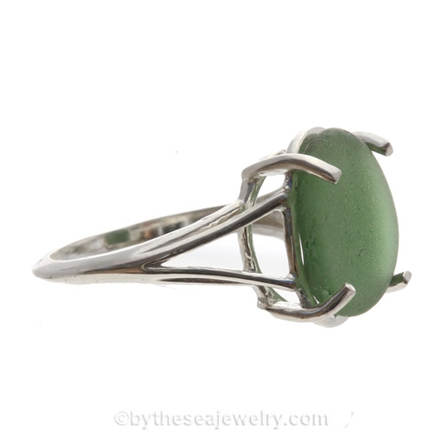 Natural Beach Found Seaweed Green Sea Glass In Sterling Basket Ring - Size 7