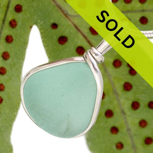 Sorry this vivid aqua sea glass pendant has been sold!