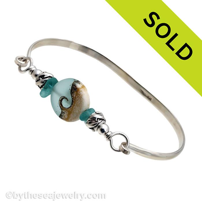 Summer Seaglasslover - Aqua Beach Found Sea Glass Bangle Bracelet W/ Handmade Bead