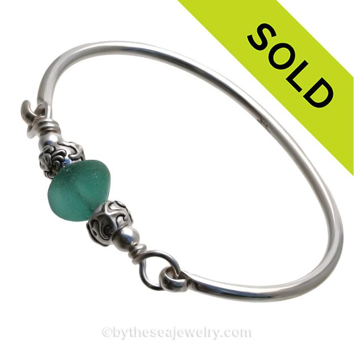 Vivid Tropical Deep Aqua Green Sea Glass Sterling Bangle Bracelet W/ Sealife  Beads