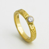 18K gold organic wedding band