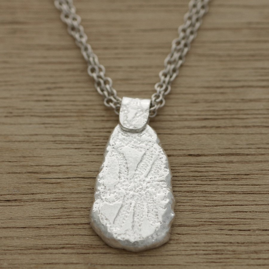 pebble lace necklace