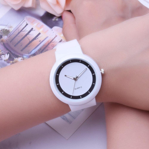 Women Band Analog Quartz Watches Round Wrist Watch Ladies