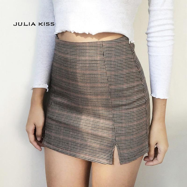 Women Checked Mini Skirt with Two Small Front Slits - Joelinks store