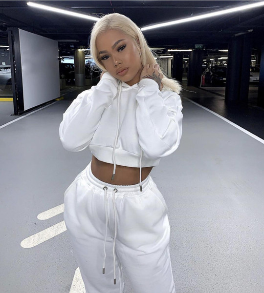 Women two piece outfits pants sweat suits for ladies crop top hoodie and jogger sets