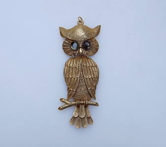 """Vintage Huge 6"""" Long Owl Articulated Pendant Glass Cab Eyes Rich Gold Plating"""
