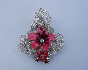 RHINESTONE CHRISTMAS TREE BROOCH XMAS PIN ENAMELED FLOWER
