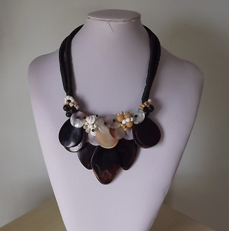 Vintage Boho Couture Statement Seashell Necklace Big Dyed Sliced MOP & Other Shell Beads