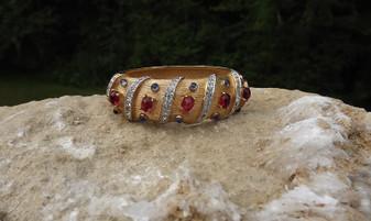 Joseph Mazer Mughal  JEWELS of INDIA Style Bangle Bracelet Jewel Tone glass Cabs