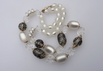 Vintage Signed Italy Moonglow, Faceted & Tourmalated Lucite Beads Necklace