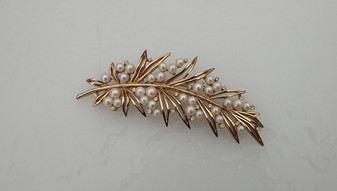 "1960's Crown Trifari Pearl Gold Leaf Brooch 4"" Long Pearl Clusters Berries Pin"