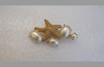 TRIFARI TM Starfish Brooch Large Glass Pearl Cabs & Rhinestones By The Sea Rare Pin