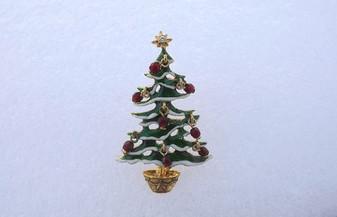 Vintage Avon Christmas Tree Brooch Enamel w/ Red Glass Dangles Charming  Xmas Pin My Favorite!