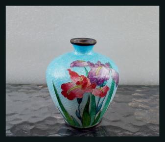 "Signed Japanese Cloisonne Ginbari Vase - Kumeno Teitaro, Silver Foil Iris 3.75"""