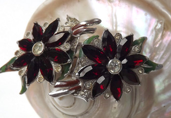 Vintage Jewelry CORO DUETTE Pin Garnet Red Rhinestones ENAMEL Leaves Rare Book Piece