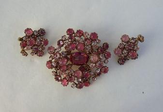 Exquisite SCHREINER Pink Rhinestone PIN EARRINGS Set  ART GLASS Stones 2 Di 4
