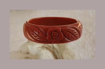 """Vintage Bakelite Style Bangle Bracelet Carved Flowers & Leaves Wide 3/4"""" Caramel Color"""