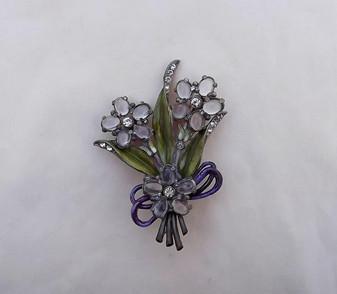 Art Deco POT METAL FLOWER SPRAY Pin~GLASS CABS~Rhinestones ~Enameled LEAVES