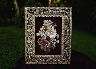 VINTAGE RHINESTONE JEWELRY FRAMED CHRISTMAS BASKET TREE