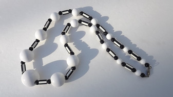 Mod 1960's Black & White Beads Plastic Necklace Huge Center Bead FUN !