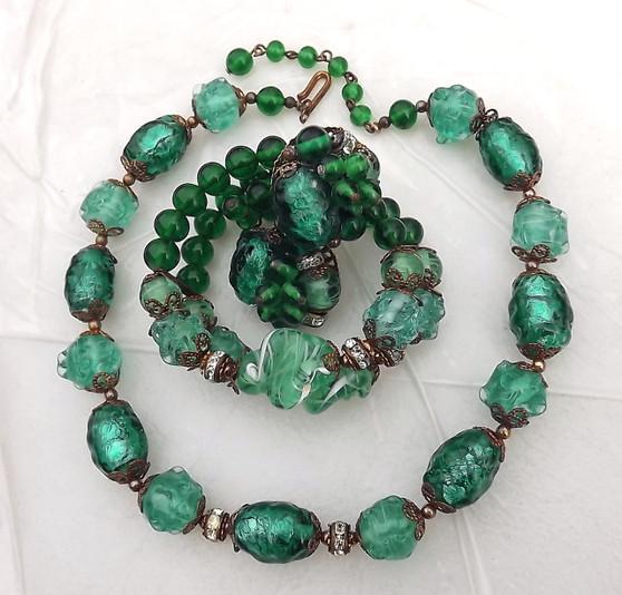 Coro Green Gripoix Glass Necklace Bracelet Ear's Poured Foil Beads Vintage Set