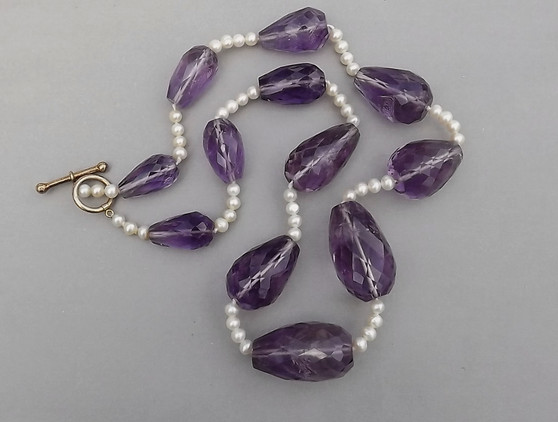Rare Gemstone Jewelry Amethyst Necklace 700CT Faceted With Pearls Gorgeous