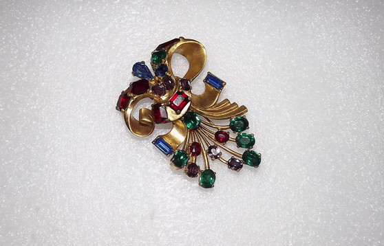 1930s Rare Huge Eisenberg Original Fur Clip Flower Spray Bow With Jewel Tone Colored Stones Gold Metal